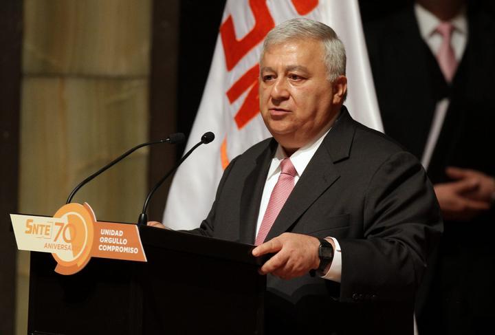 Secretario de la SEP descarta sanciones a estados por reforma