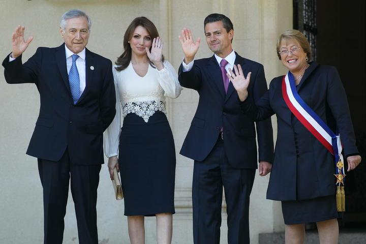 Concluyen EPN y comitiva visita oficial a Chile; regresan a México
