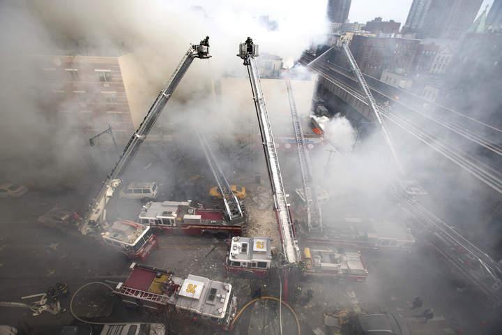 Lamenta EPN muerte de mexicanas tras explosión en NY