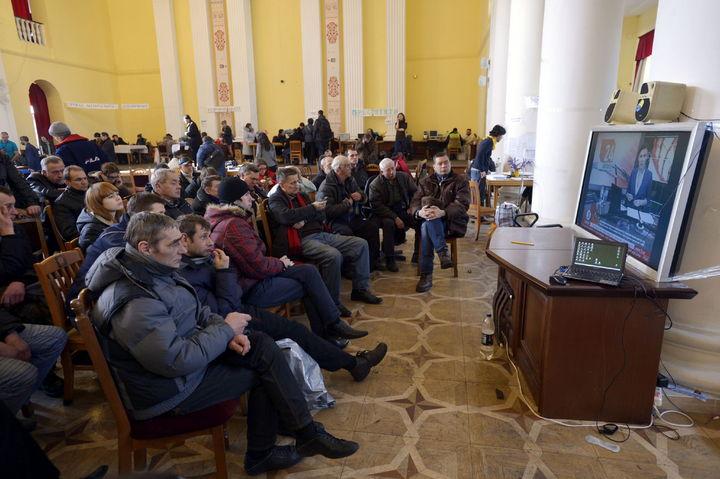 TV de paga transmite los canales públicos