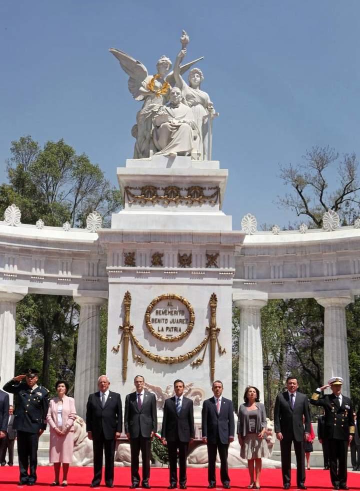Legado de Juárez alienta a construir sociedad de derechos: Peña Nieto