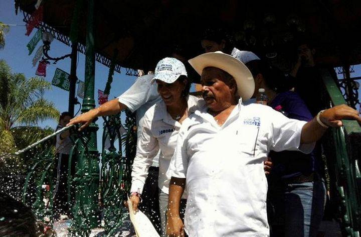 Alcaldes rinden homenaje a edil michoacano fallecido