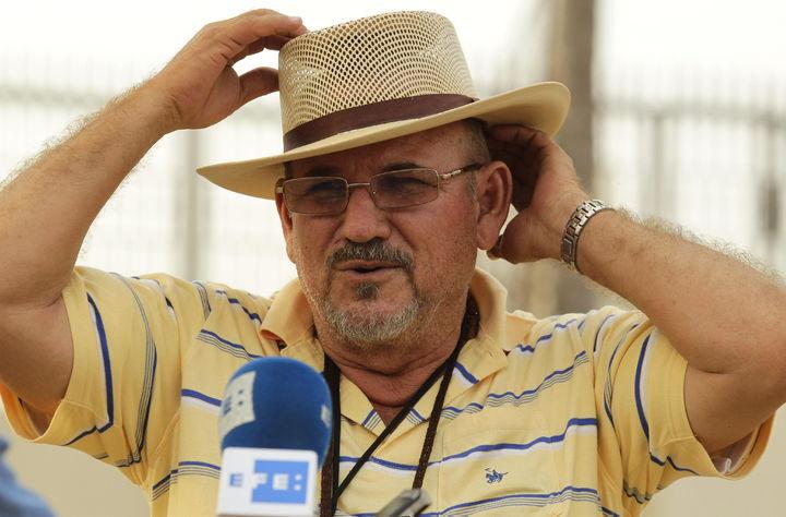 Acumula líder Hipólito Mora 38 denuncias
