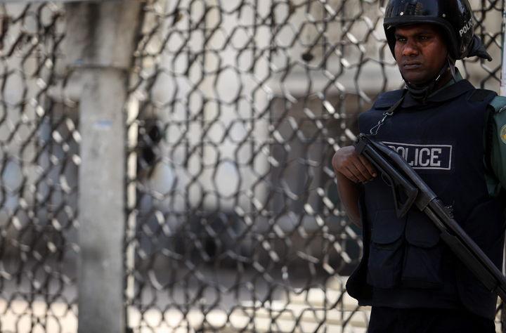 Realizan paro policías estatales en Morelia