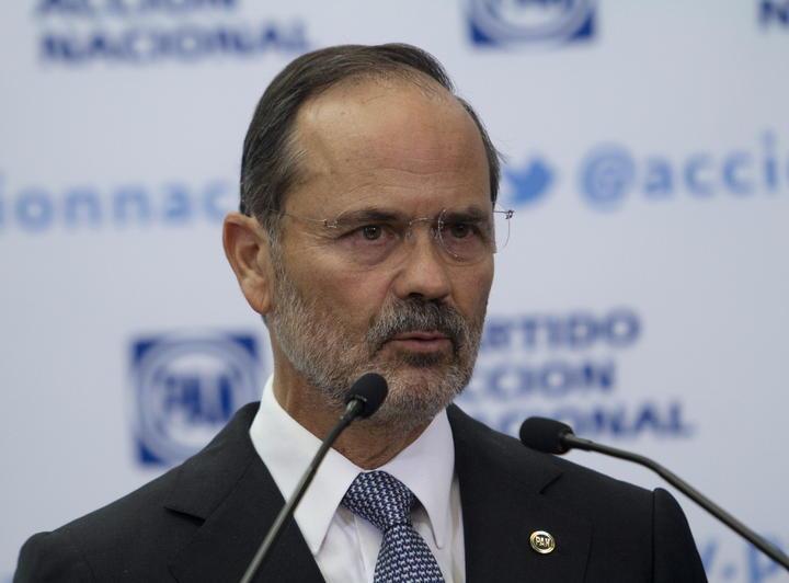Gustavo Madero amaga con asistir a Asamblea del PAN