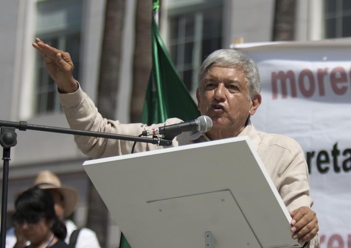 AMLO anuncia que en 2018 buscará candidatura presidencial