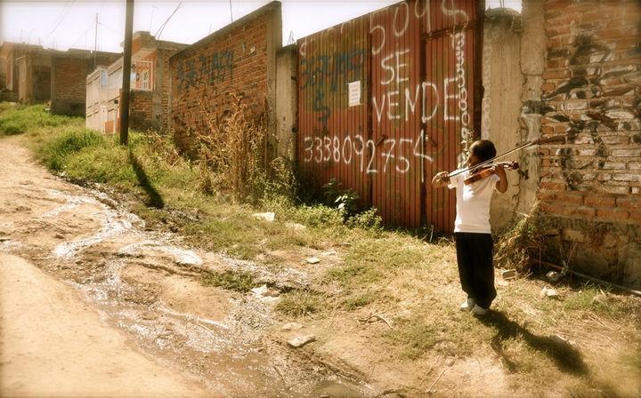 Reprueba México en bienestar: OCDE