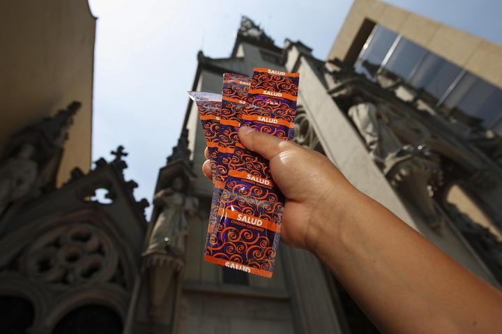 Aprueba Senado promoción del condón para prevenir ETS