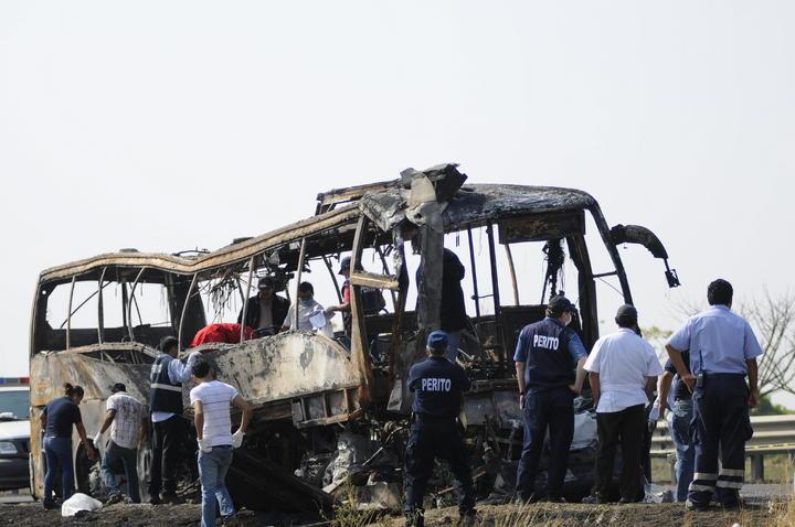 Rectifican cifra de muertos por accidente en Veracruz; son 35