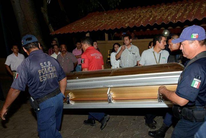 Entregan 2 cuerpos de víctimas de choque