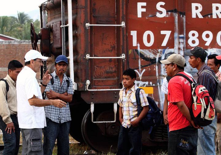 Lamentan hallazgo de niños migrantes