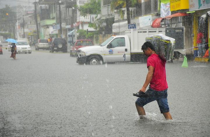 Advierten sobre lluvias y granizo en 5 entidades