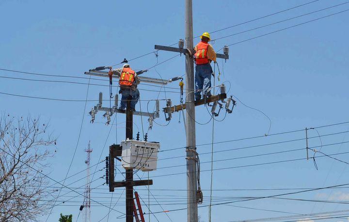 Por altos cobros, sin luz más de 5 mil en Puerto Peñasco