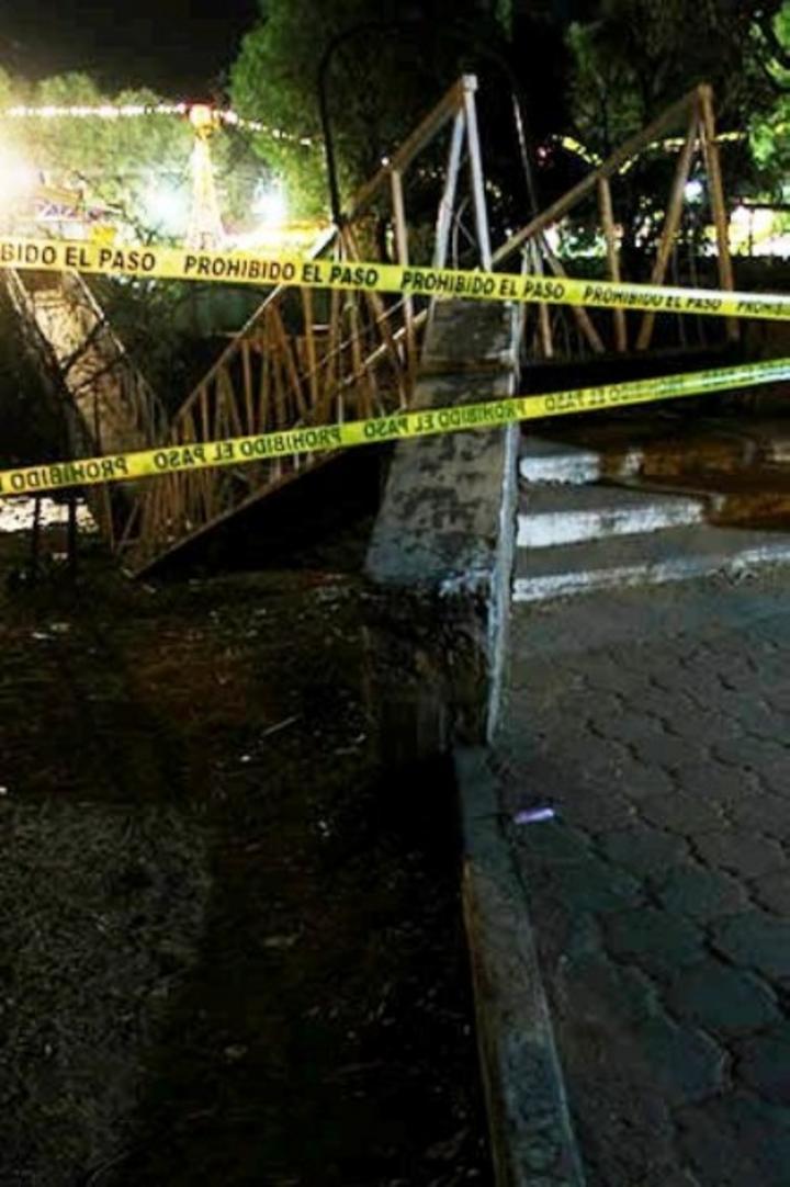 Suman 50 lesionados por caída de un puente