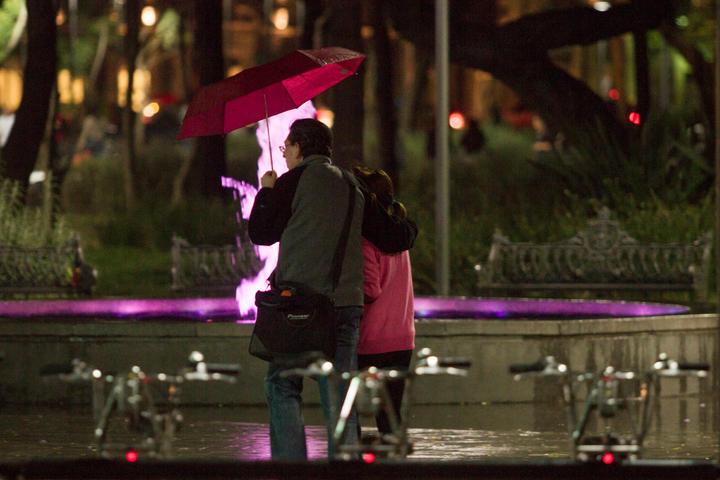 Advierten sobre fuertes lluvias en al menos cinco estados