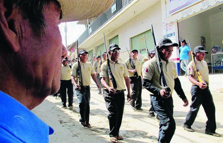 Crean nahuas policía comunitaria en Michoacán