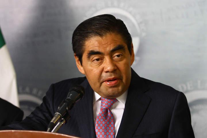 Busca Barbosa invitar a Cuarón a debate energético
