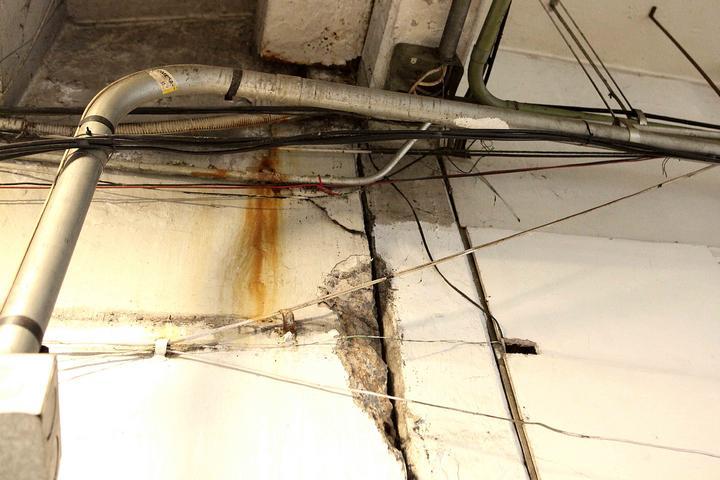 Pared de San Lázaro sufre daños por sismo