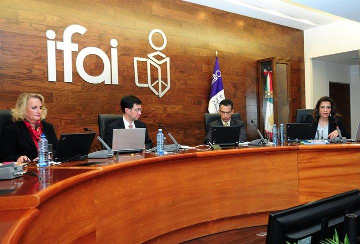 Rendirán mañana protesta en IFAI
