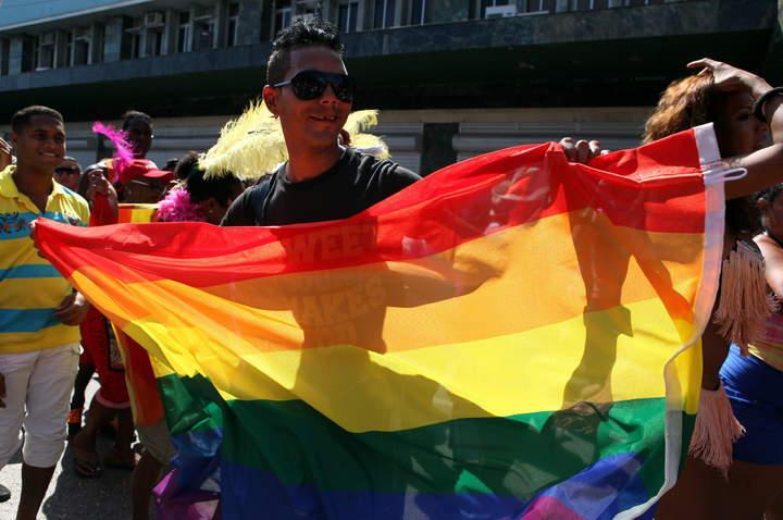 Persiste discriminación laboral a comunidad lésbico-gay