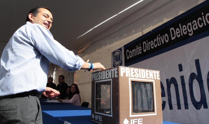 Reportan robo de urna donde votó Ernesto Cordero
