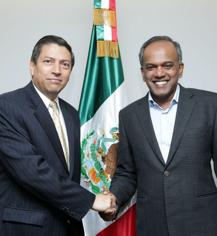 Concretan acuerdos Singapur y México