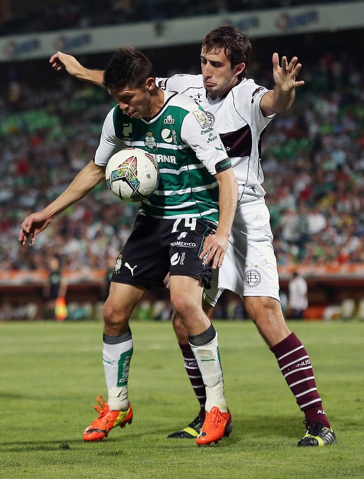 Carlos Izquierdoz Carlos Izquierdoz acepta inters de Santos