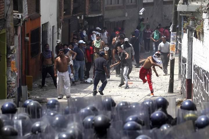 Reportan a 2 policías en coma tras enfrentamiento en San Bartolo