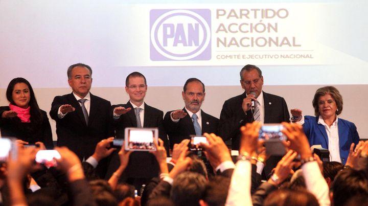 Toma protesta líder del PAN