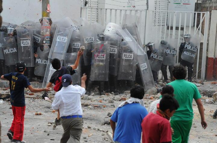 Consignan a cinco por enfrentamiento en Ameyalco