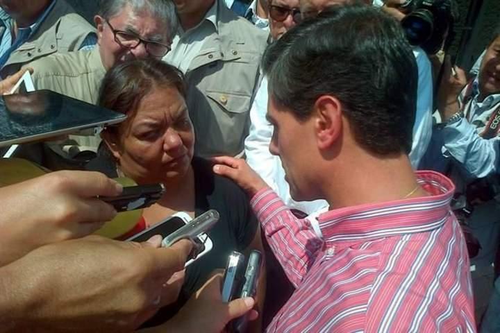 Se reúne Peña con padres de Héctor Alejandro