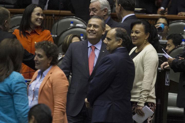 Crean diputados tajada discrecional para gastos