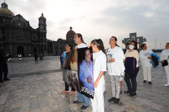 Celebran misa por víctimas del caso Heaven