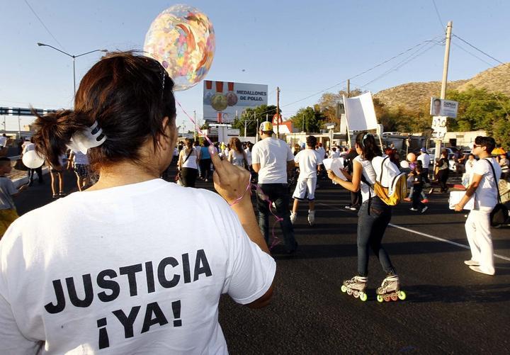 Padres de Guardería ABC piden audiencia con EPN