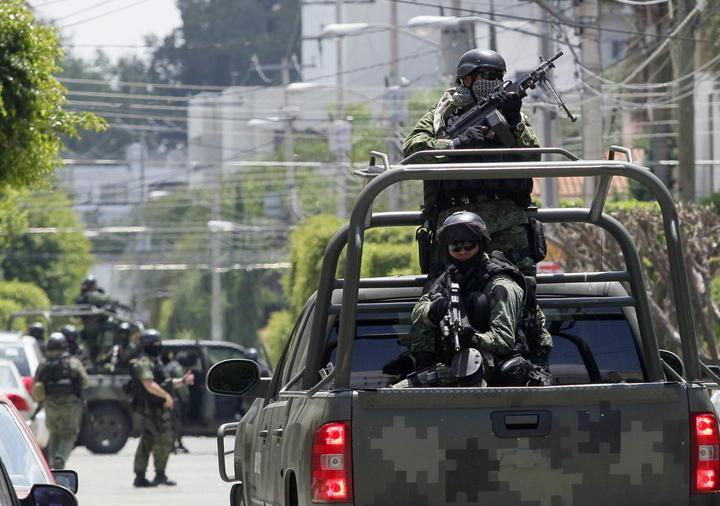 Ejército realiza operativos en transporte de Naucalpan