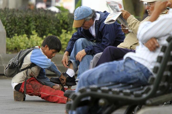 Niños en México laboran hasta más de 35 horas por semana