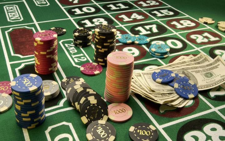 Van 50 casinos que se clausuran: Osorio