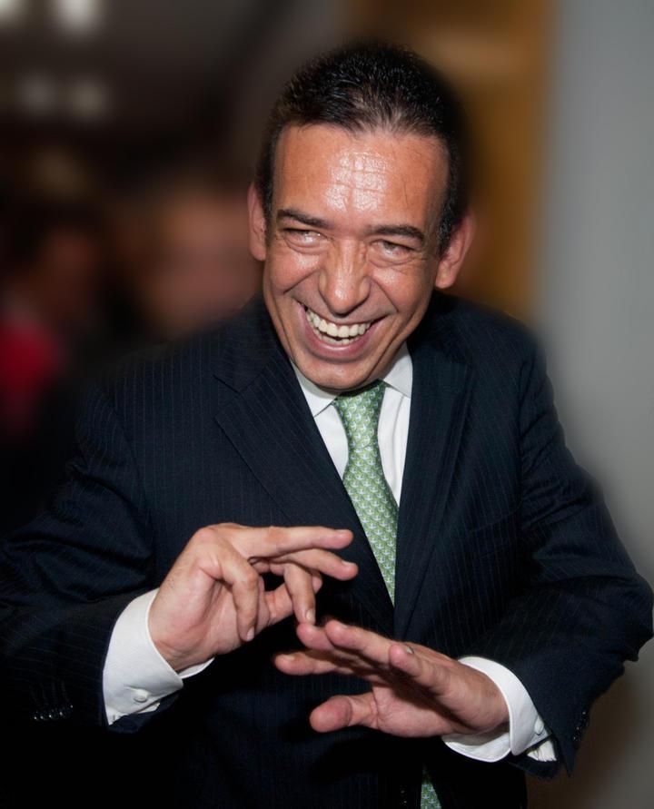 Humberto Moreira es papá por sexta ocasión