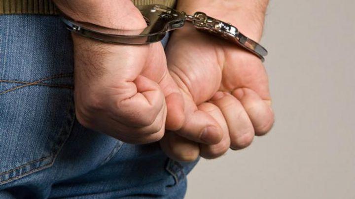 Dan formal prisión a exfuncionario