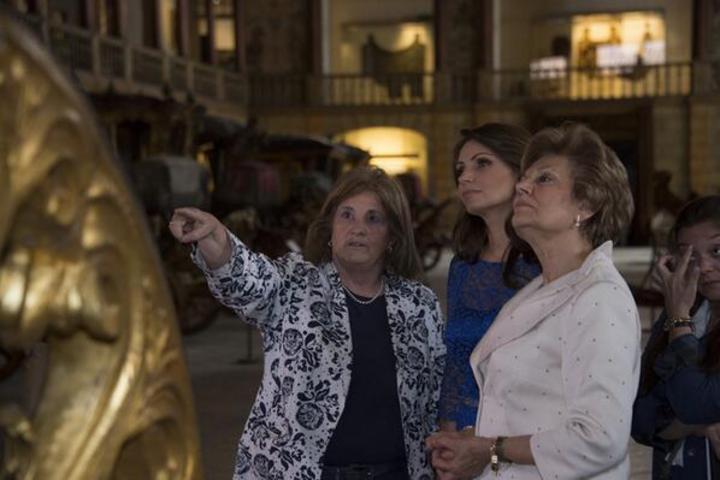 Angélica Rivera el Museo de Carrozas en Portugal