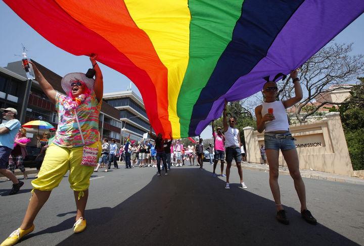 Celebran primer matrimonio gay en Guerrero