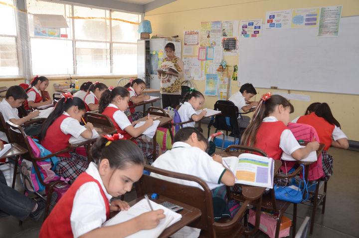 Examinan adelantar fin de clases por calor