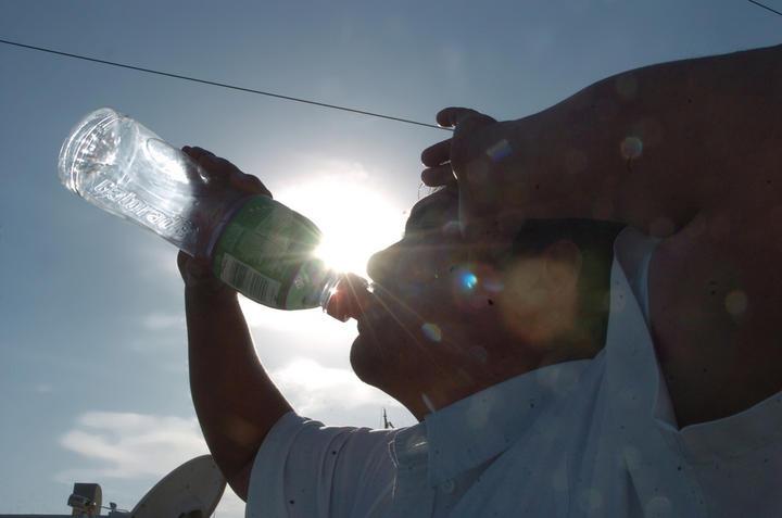 Declaran emergencia en Chihuahua por calor extremo