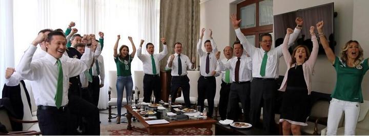 Peña Nieto festejó triunfo del Tri en Los Pinos