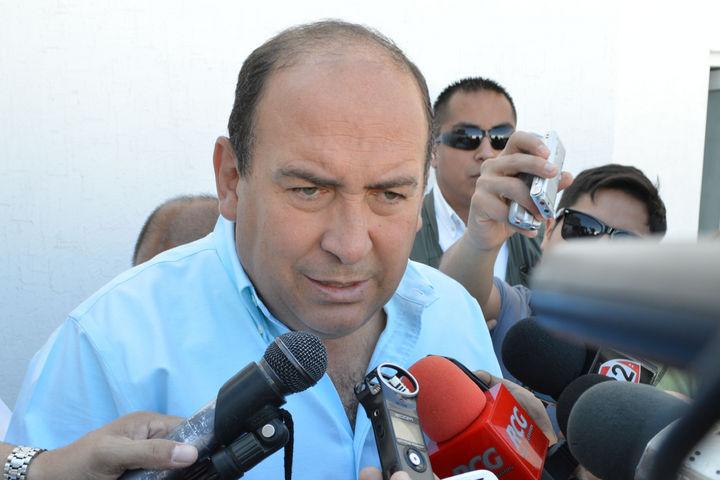 Inicia gobernador Moreira gira por Asia