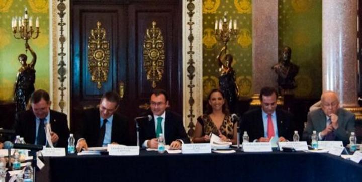 México tiene futuro promisorio con reformas: Videgaray