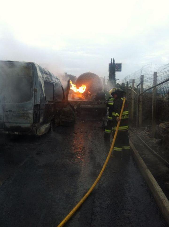 Incendio de pipa en Huixquilucan deja 5 lesionados
