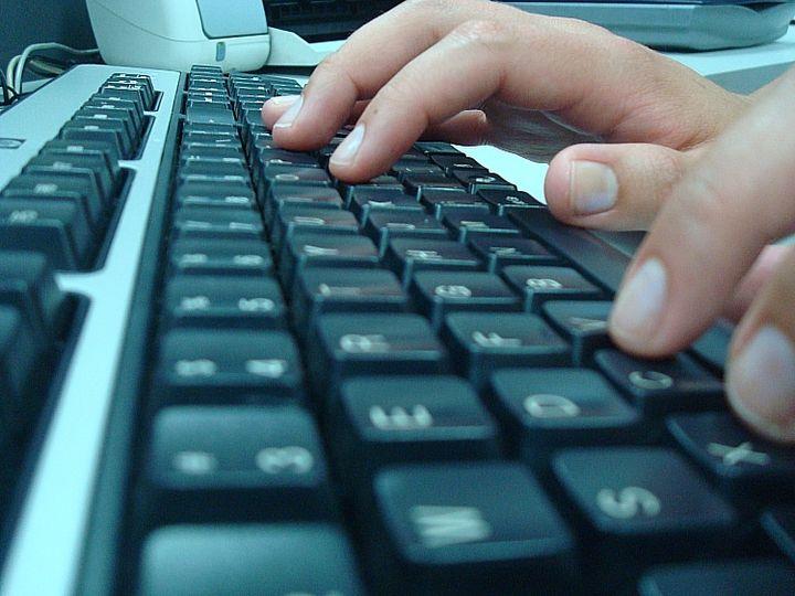 Retrocede gobierno digital