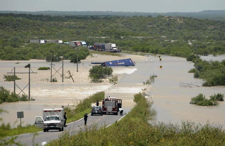 Incomunican lluvias a municipios de Tamaulipas