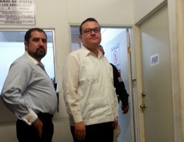 Niegan a CEDH visitar   a José Mireles en penal